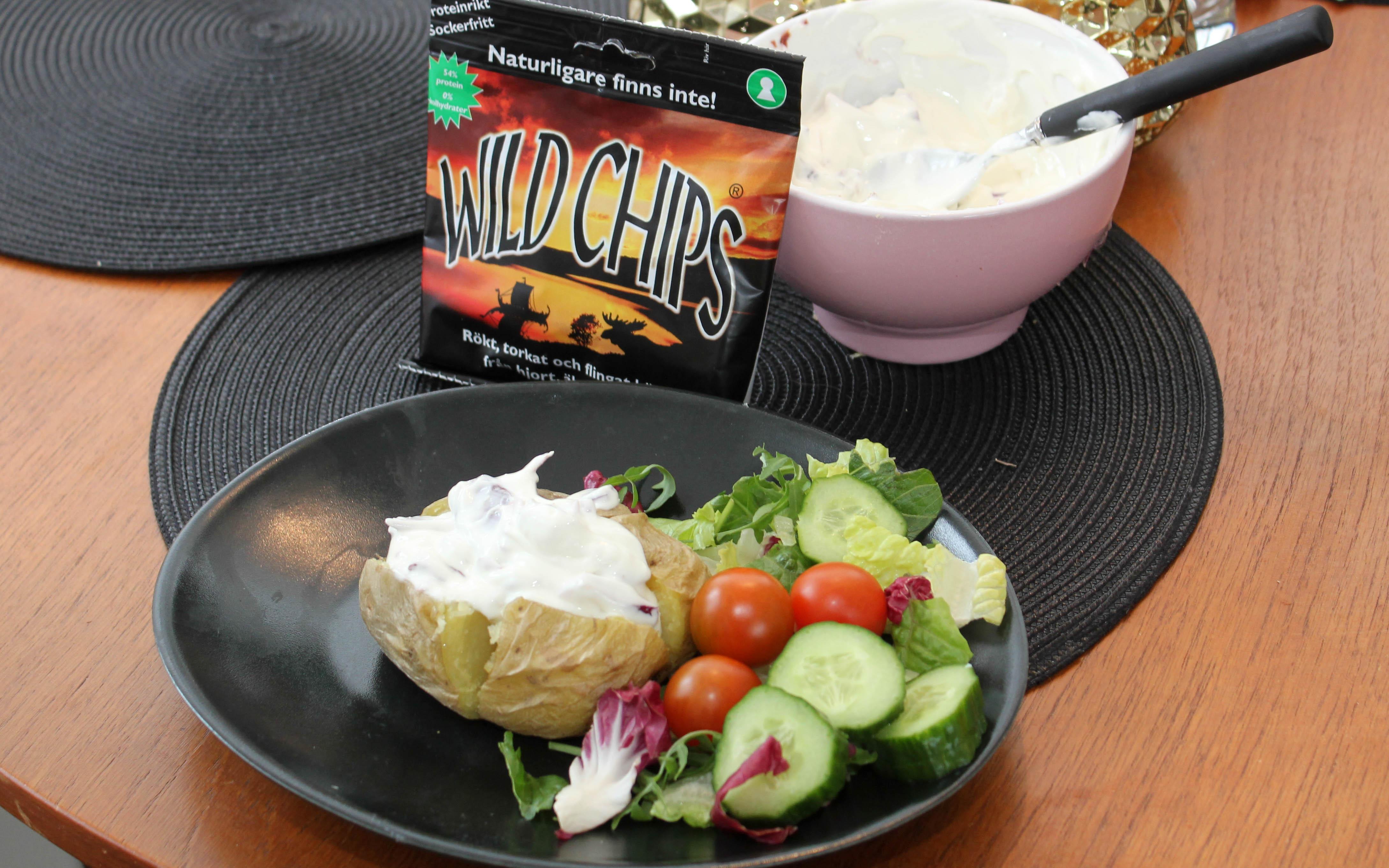 Bakad potatis med Wild Chips-röra